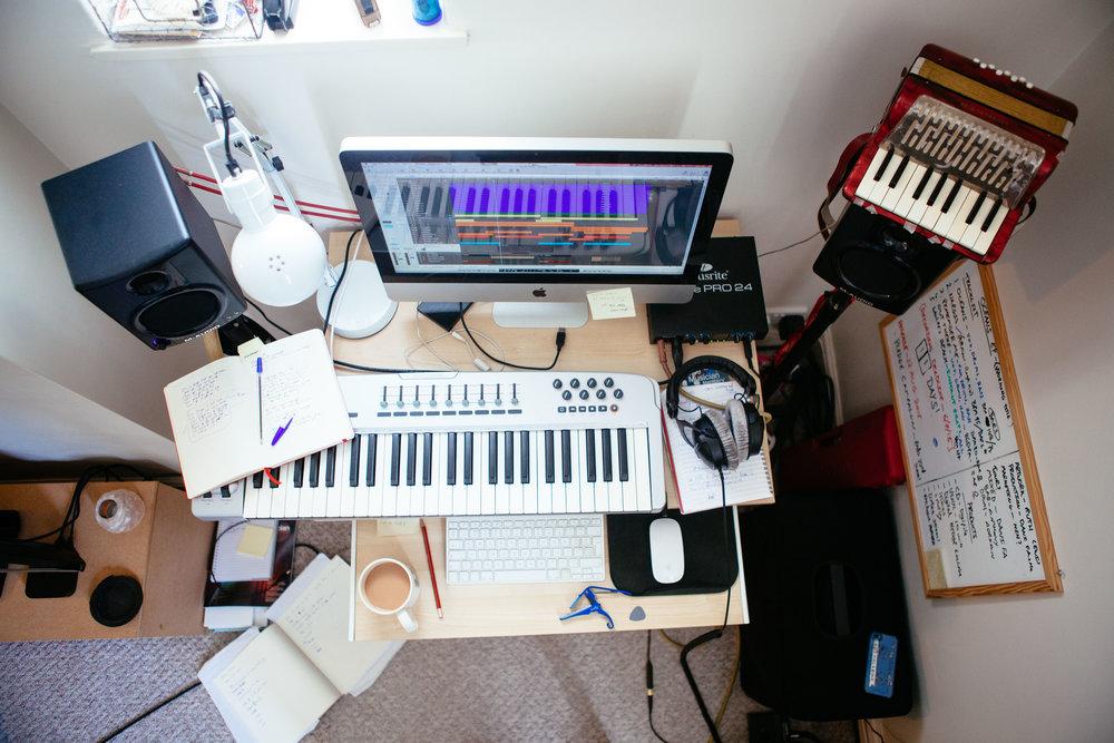 Guy studio-3.jpg