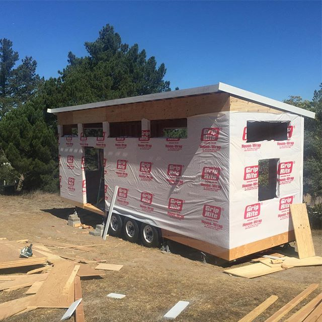 #tinyhouse day 5 when you have an awesome friend who knows what he is doing. This would have taken me 5 weeks. Thank you Wayne LaRoche!