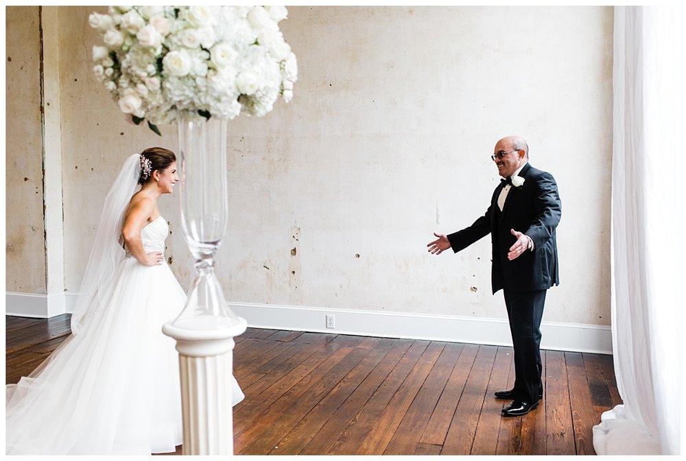 Lancaster_pa_exclesior_wedding_erinelainephotography_0004.jpg