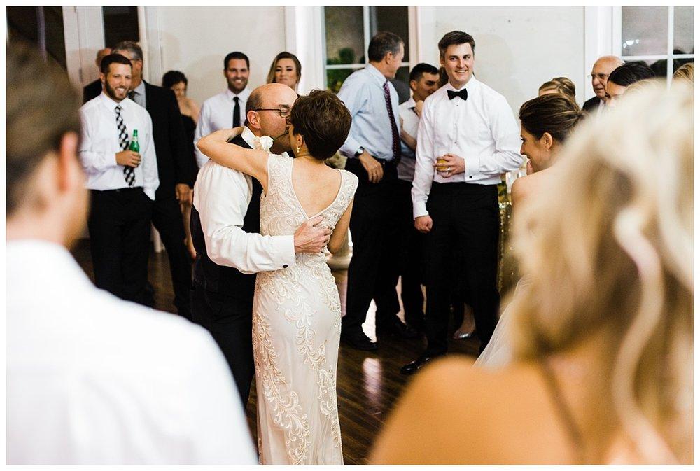 Lancaster_pa_exclesior_wedding_erinelainephotography_0048.jpg