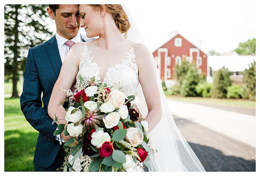 York_pa_Wyndridge_Farms_Wedding_erinelainephotography_0912.jpg