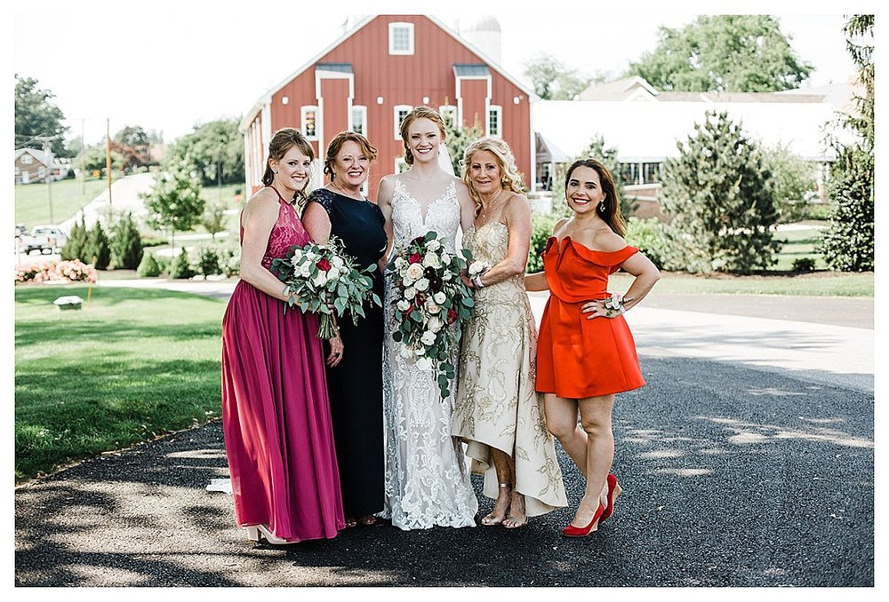 York_pa_Wyndridge_Farms_Wedding_erinelainephotography_0938.jpg