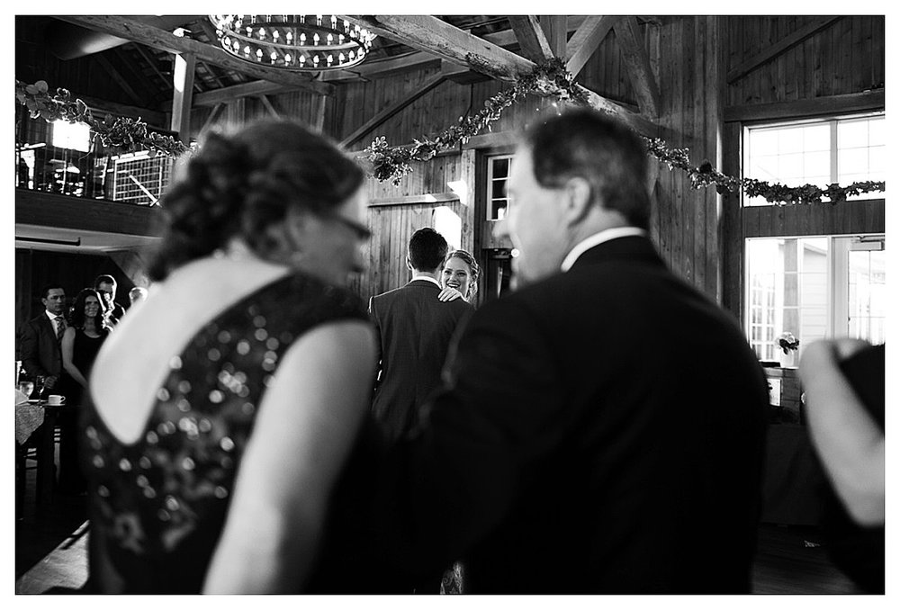 York_pa_Wyndridge_Farms_Wedding_erinelainephotography_0989.jpg