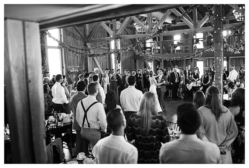 York_pa_Wyndridge_Farms_Wedding_erinelainephotography_0978.jpg