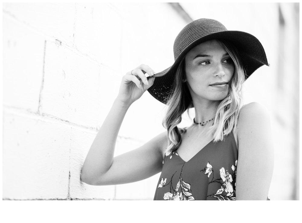 seniorpictures_yorkpa_lancasterpa_erinelainephotography_0011.jpg