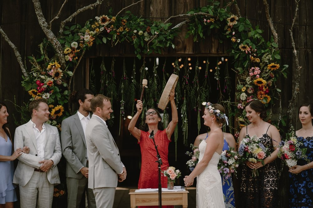 Backyard_Vashon_Island_Wedding_Kristen_Marie_Parker046.JPG