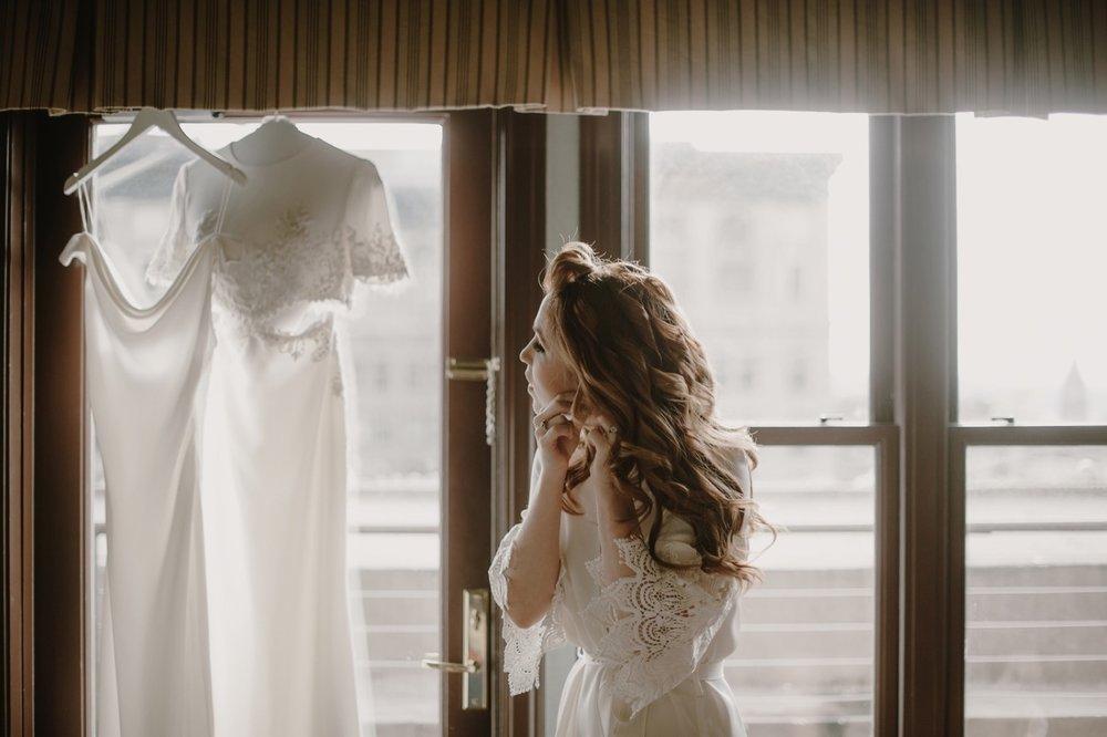 013_Arctic_Club_Wedding_Seattle_018.jpg
