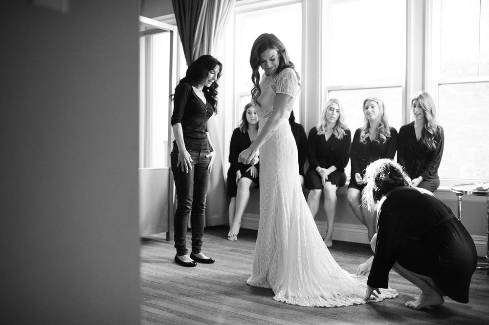 Downtown_Seattle_Wedding_Foundry_Sinclair_Moore005.JPG