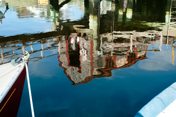 red house reflection_rockport boatyard-0095.jpg