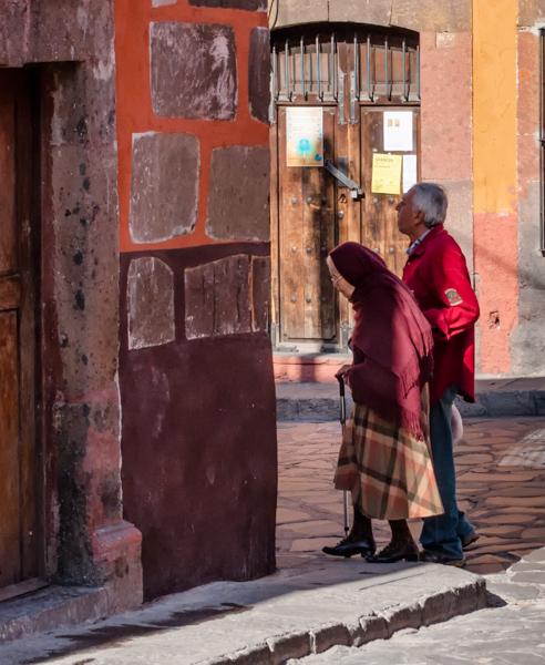 Walking Couple Random Artfulness_Candalaria_2013-0685-Edit-2-Edit-Edit.jpg