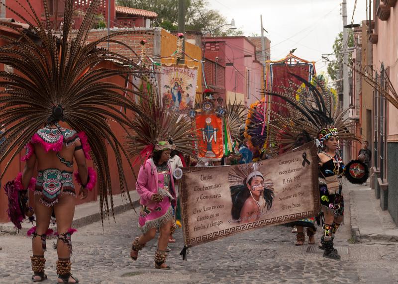 Sign Dancers Umaran_FOC-2-101-Edit-Edit.jpg