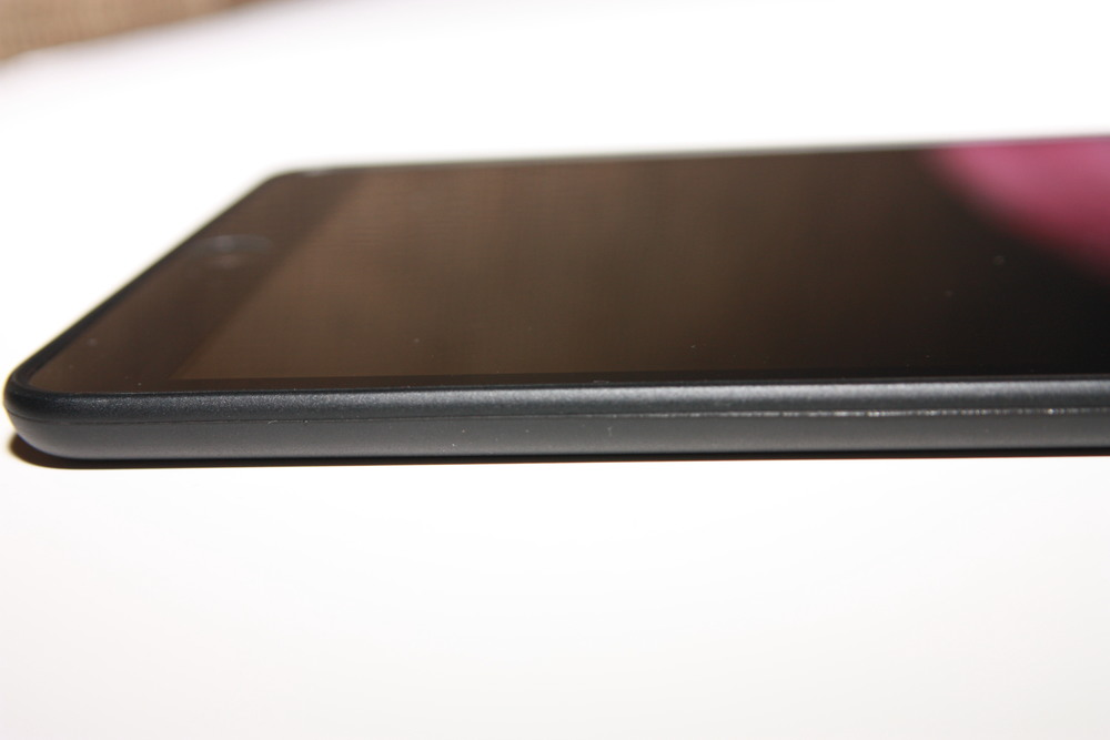 iPhonaddict Reviews: The Incipio NGP Case for the iPad Mini