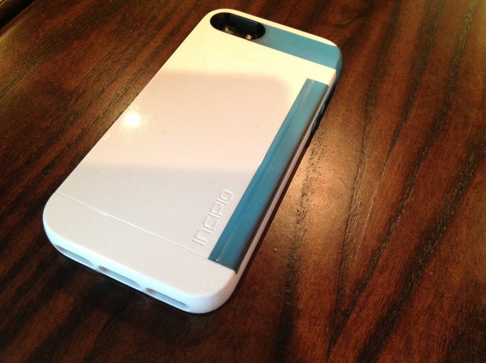 The iPhonaddict Reviews the Incipio Stowaway for the iPhone 5