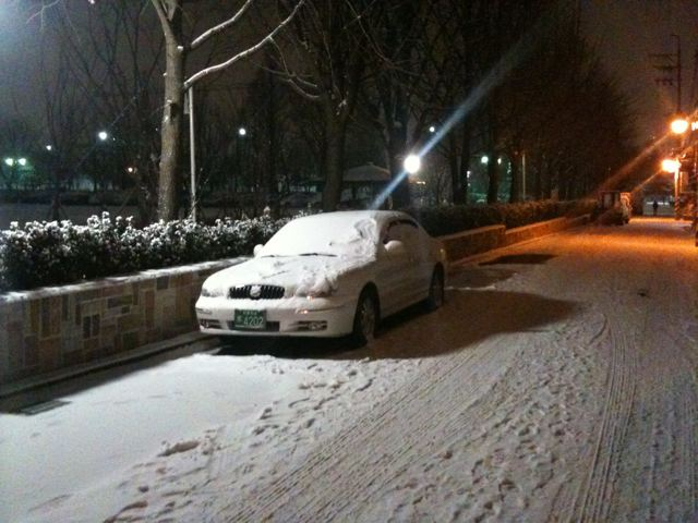 And the snow comes down in Seoul