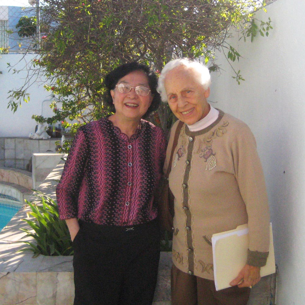 Dr Cole &Charlotte Gerson at the Gerson Hospital Mexico