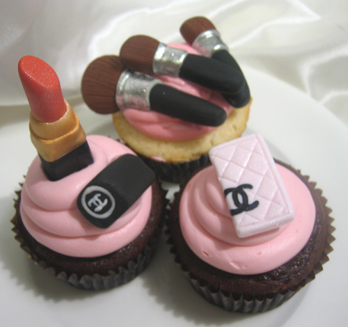 Fashion Week Themed Cupcakes