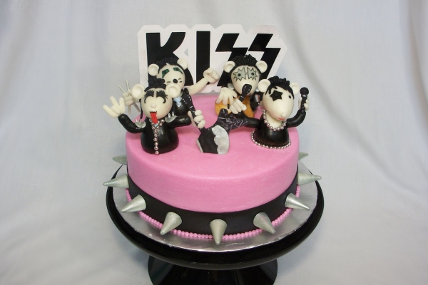 Party Food All Night Long & Everyday. Kiss Cakes!