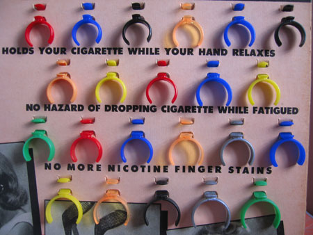 Hollywood Starlet Cigarette Rings