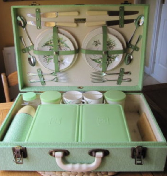 Beautiful Vintage Picnic Hampers
