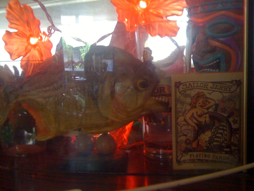 Boat Bar Display Grumble