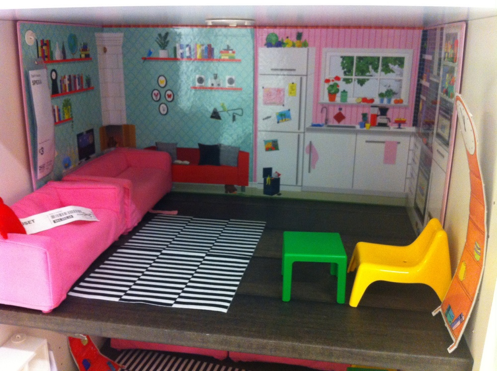 this is dolls' house furniture