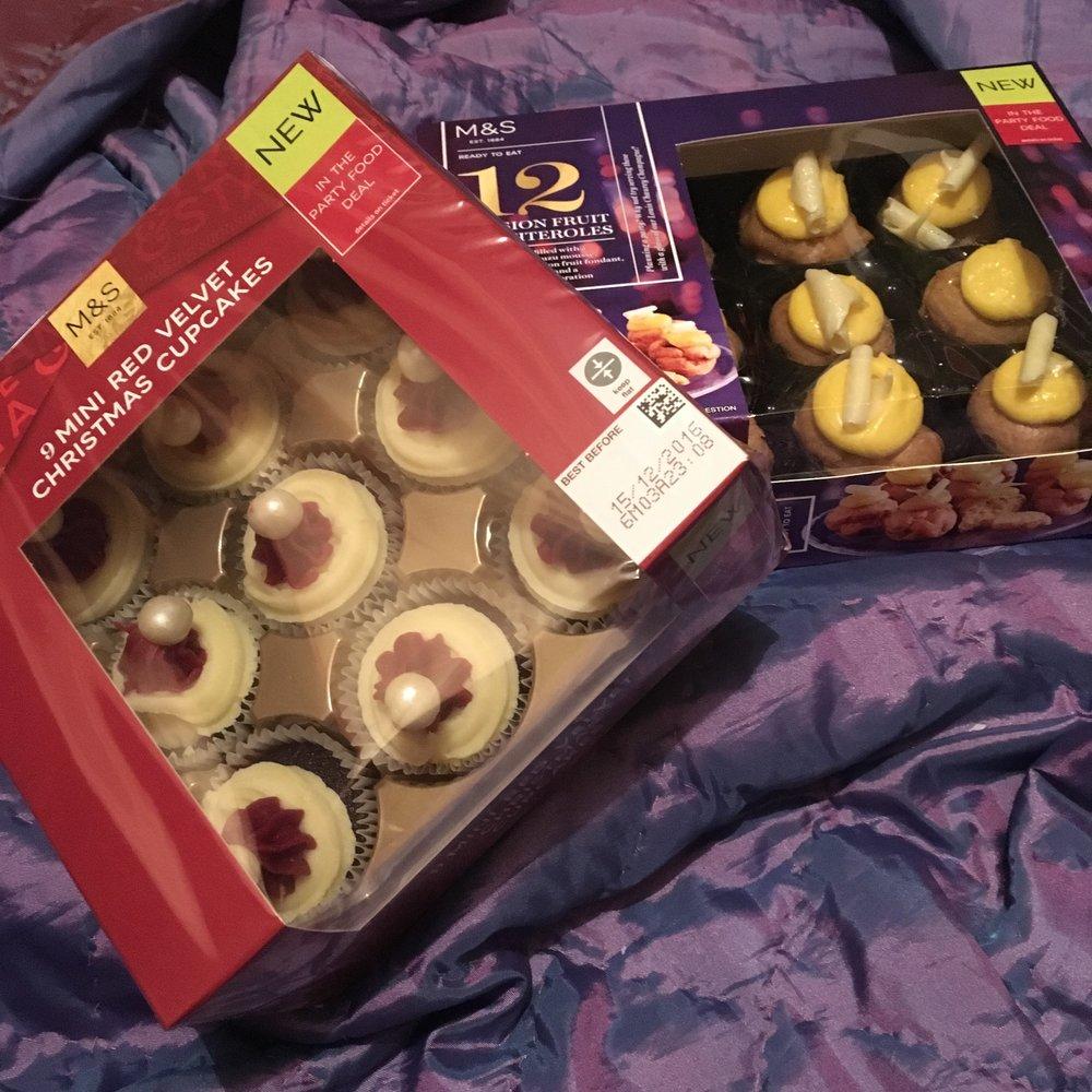 Cupcakes £4 : Profiteroles £6