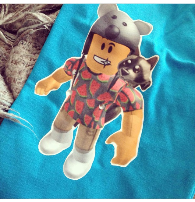 personalised roblox t shirts smix starts a trend the world of kitsch