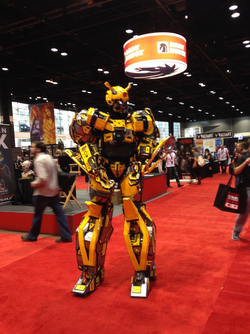 C2E2 Cosplayer - 8 Foot tall Transformers Bumble Bee
