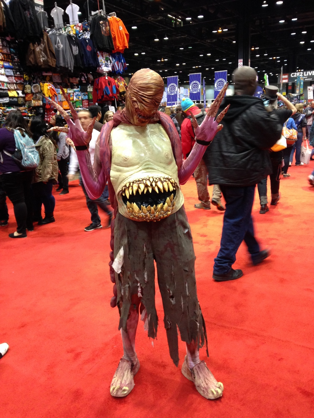 C2E2 Cosplayer - Scary Dude