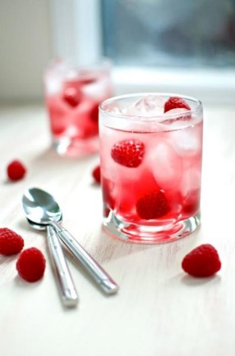 cran.rasberry.spritizer.jpg