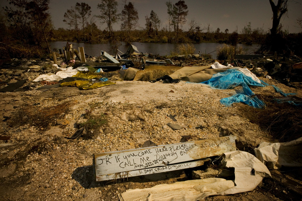 """""""JR if you come here please call me - Dorothy Gardner. Hope you are alive, you was my best friend. 'Smile,"""" Old Highway 90, Louisiana"""