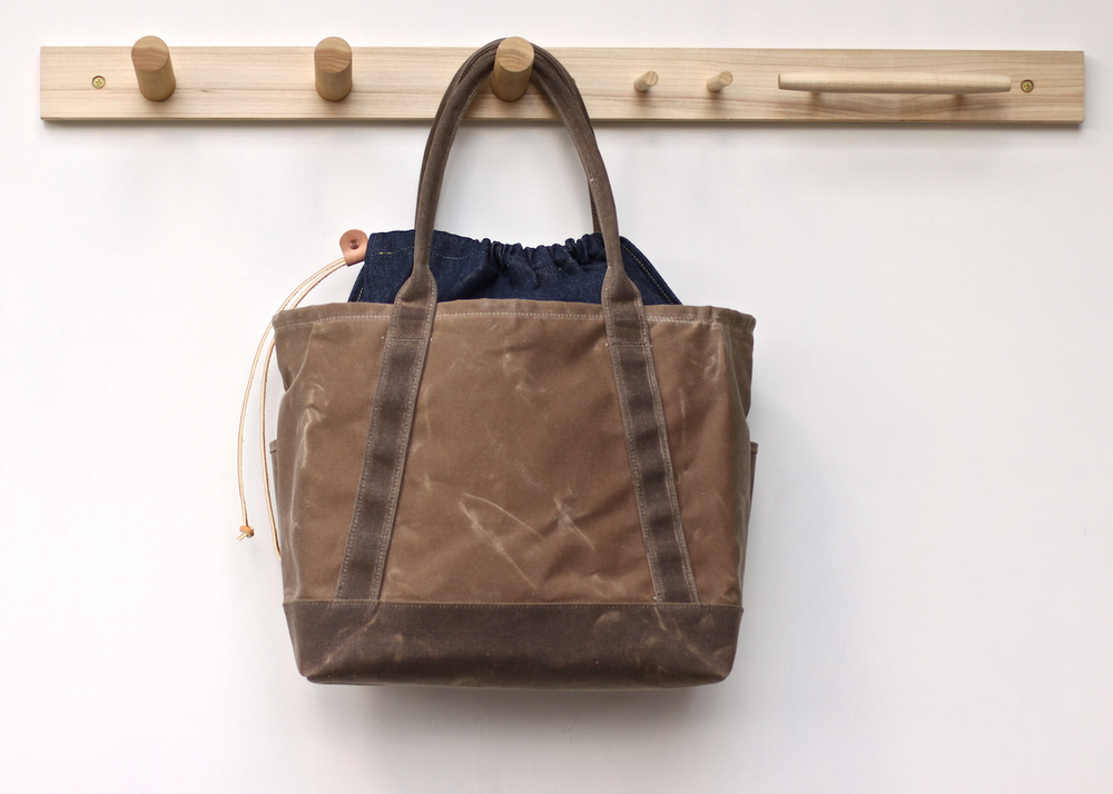 Cinch_Tote-Brown_02.jpg