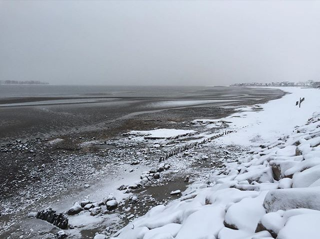 CT has its advantages. #newengland #snowsandsurf