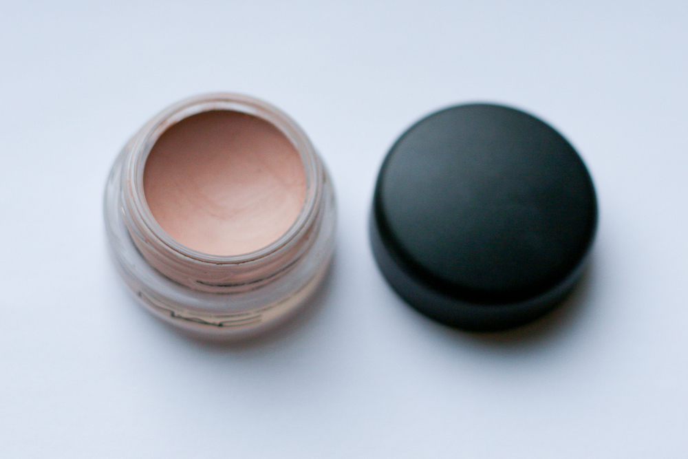 MAC Paint Pot in Painterly.
