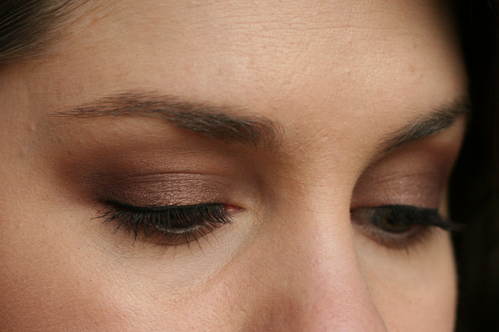Here's the look with a little more oomph: After Eclair, I applied MAC Glimpse of Flesh (from the new PRO Nudes and Metallics collection—love) in the crease and under the lower lash line, a bit of Mary Kay Signature Eye Color in Currant Craze in the outer corner, and a touch of MAC Shale on the centre of the lid.