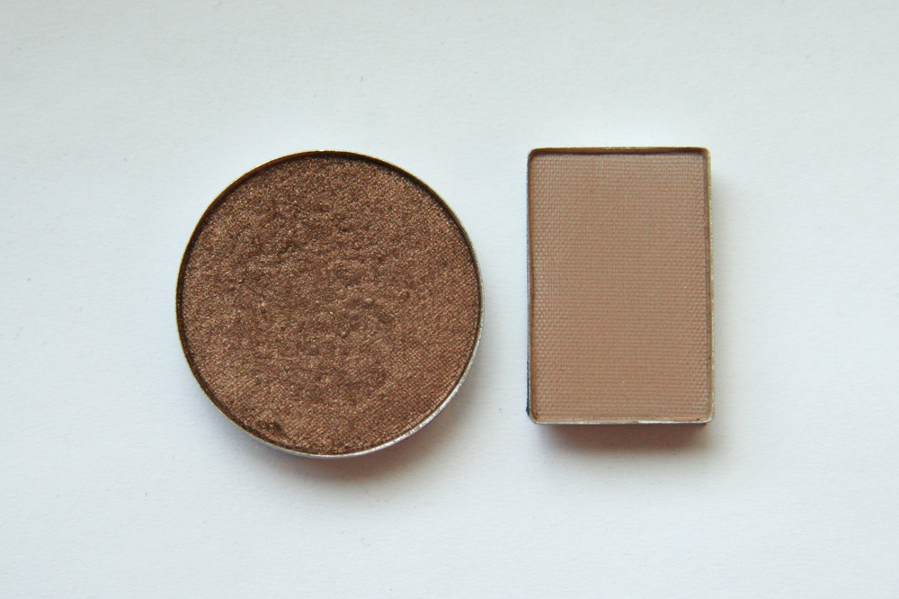 MAC Mulch eyeshadow (left) next to Mary Kay Mineral Eye Color in Hazelnut (right) for size comparison.
