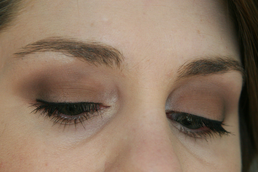 Same matte look with MAC eyeshadows, different angle.