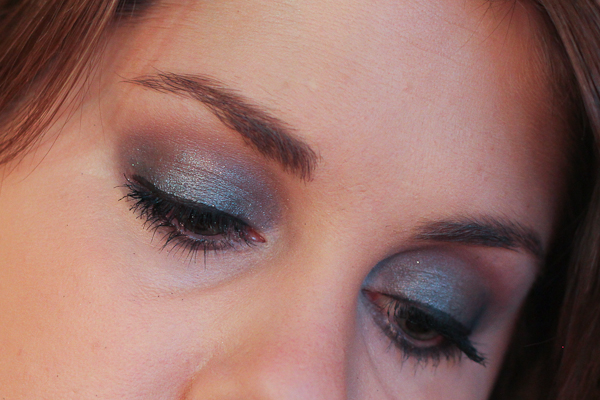 I'm wearing Thunderhead all over the lid with Nooner (part of Urban Decay's Naked 3 Palette) blended into the crease. I have black eyeliner blended softly onto the upper and lower lash lines with more Thunderhead swept over top.