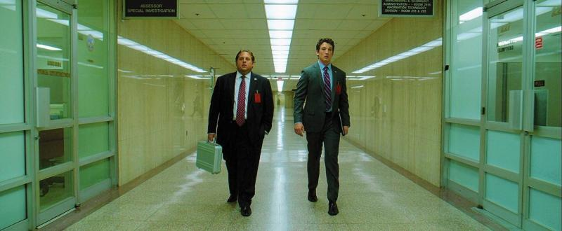 Jonah Hill and Miles Teller in a scene from Todd Phillips' War Dogs {Photo: WARNER BROTHERS}