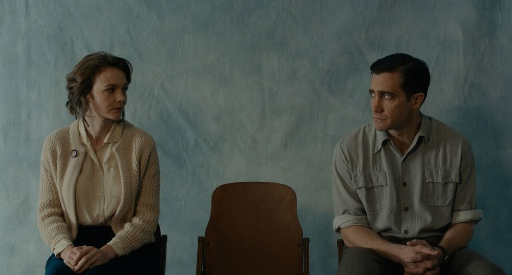 Carey Mulligan and Jake Gyllenhaal in a scene from Paul Dano's  Wildlife  {Photo: IFC FILMS}