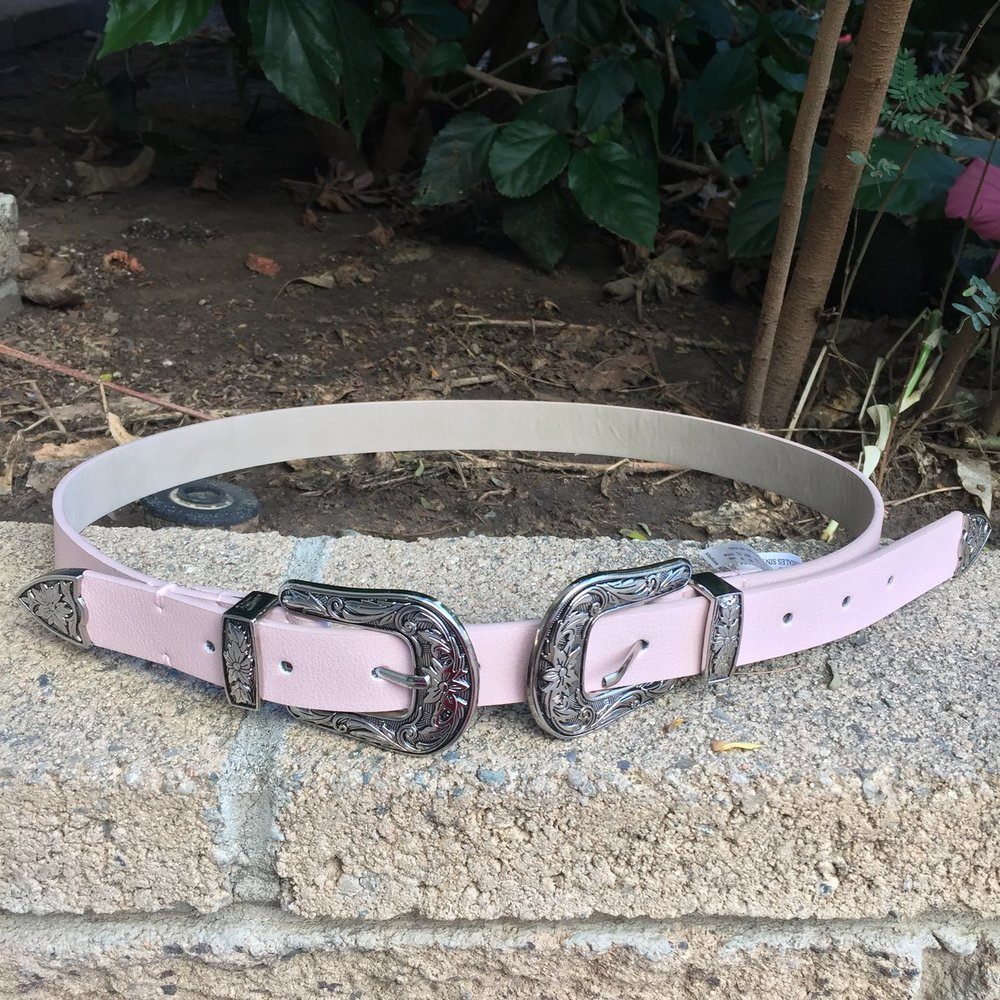 pink belt, $10 on depop
