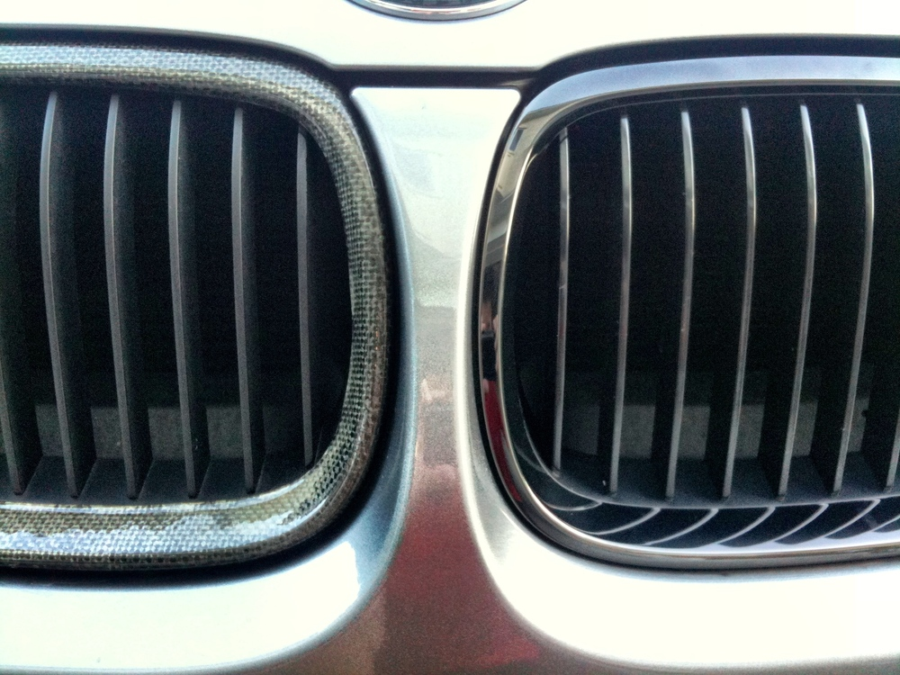 Replaced my aging aftermarket CF Kidneys with BMW Performance M3 Edition ones. Can't beat OEM quality.