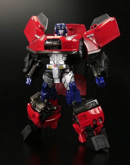 "More GT-R ""Alternity Convoy"" Transformer toy photos"