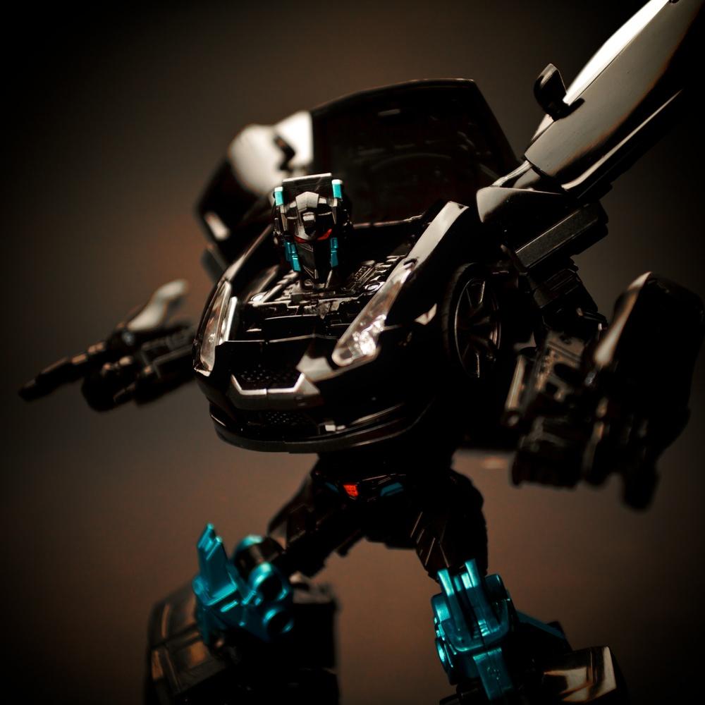 GTR-Optimus-Blk1.jpg
