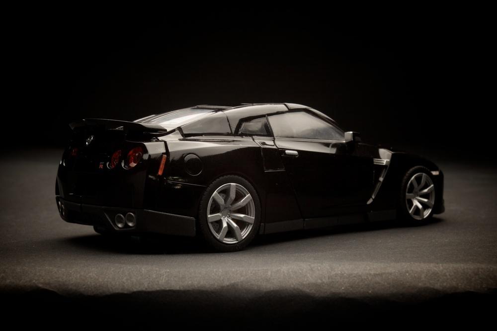 GTR-Optimus-Blk6.jpg