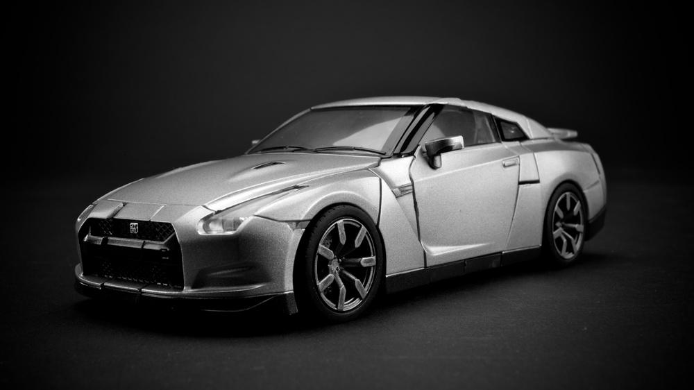 GTR-Optimus-Silver4.jpg