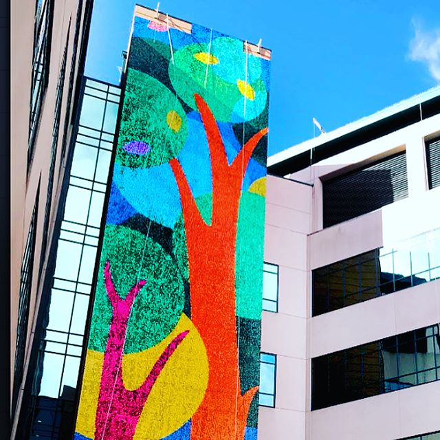 We are thrilled to share this collaboration with @youngbloodstudio at a truly incredible children's hospital. This has been a colossal undertaking with many people involved over the past year. We are so proud to be a part of this creative community where we can share our ideas and skills in the spirit of collaboration. • • • • • • •  #Sequins #Publicart #muralart #mural #sequinsart #taropop #youngbloodstudio #taropopstudio #mural #memphisart#artistoninstagram