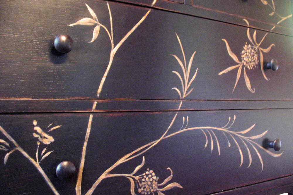 cabinet-handpainted-chin-2.jpg