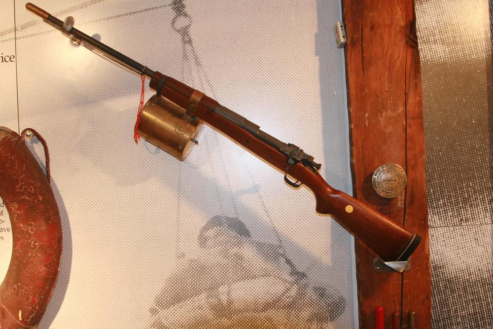 Lyle Gun