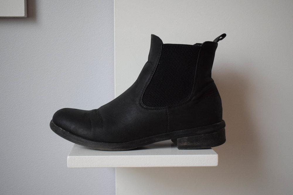 svarta stovletter